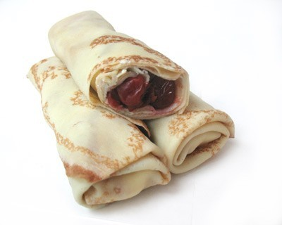 Russian Blinu with cherry / Crepes ***